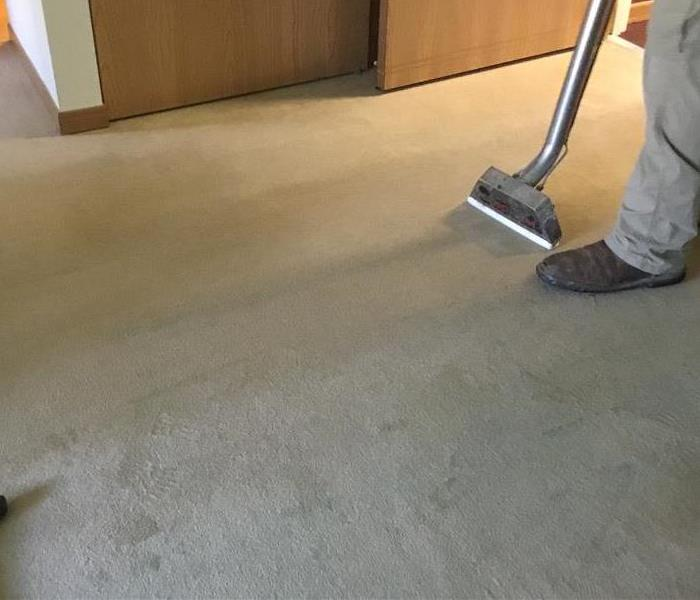 Extracting Water from Carpets